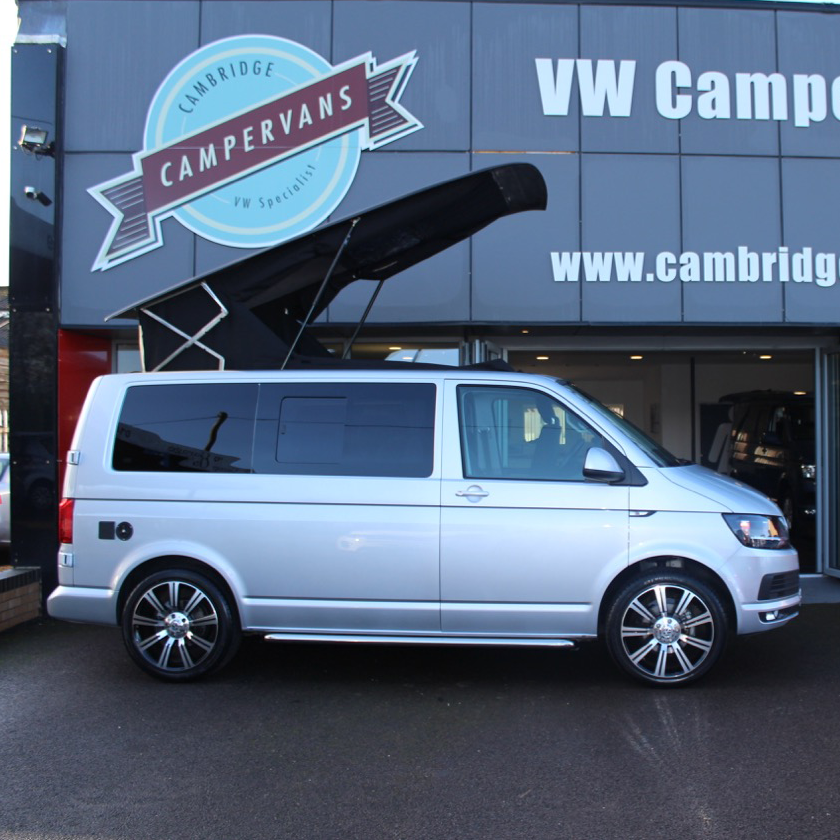 volkswagen transporter t6 highline stunning top spec. Black Bedroom Furniture Sets. Home Design Ideas